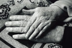 Photo credit: http://www.taurusarmed.net/forums/attachments/harry-s-corner/73776d1390460125-happy-photo-thread-holding-hands-old-couple.jpg